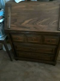 brown wooden 3-drawer chest Oklahoma City, 73107