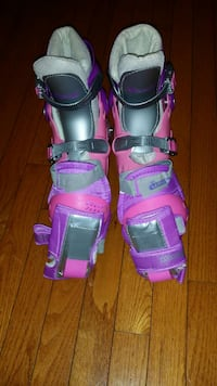 Pink purple and gray snow boots Woodbridge, 22191
