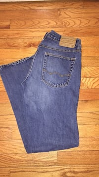 Men's AE jeans 30x32 Hagerstown, 21740