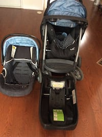 baby's black and gray travel system Toronto, M1L 0B6