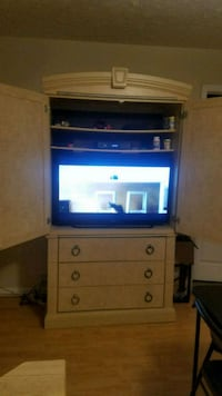 "43"" Element Smart T.V. Accokeek, 20607"