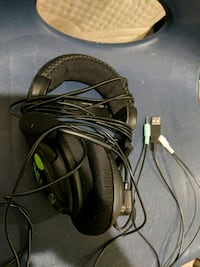 black and gray corded headset Leesburg, 20176