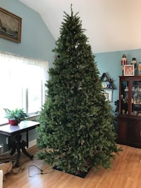 10' Christmas tree. Hinged branch construction- Wall Township, 07719