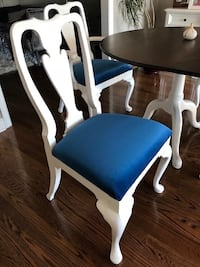 4chairs and table Burlington, L7P 4S9