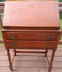 Antique secretary Centreville