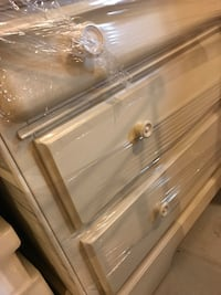 Dresser or change table  Richmond Hill, L4S 0V4