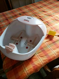 Kendal - heating, vibrating, bubbling foot soak.  Newark, 94560