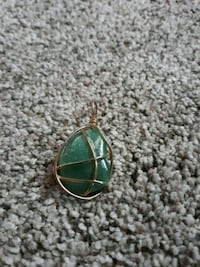 green and silver pendant necklace Norfolk, 23505