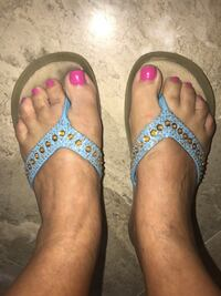 Flip-flops size 7 blue and Gold Miami, 33175