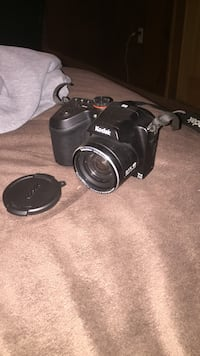 Kodak camera (without charger) AA batteries included Clarksville, 37040