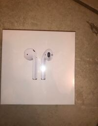 Air Pods with wireless charging case second generation Toronto, M4W