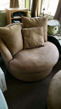 brown and black fabric sofa chair Providence County, 02828