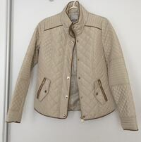 New never worn jacket size small Mississauga, L5B