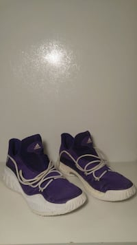 pair of purple Nike basketball shoes Brampton, L6Y 4R5