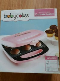 Baby cakes new in box cupcake maker $15