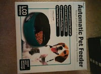 Automatic pet feeder Chicago