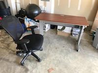 Computer desk and chair Bowie, 20721