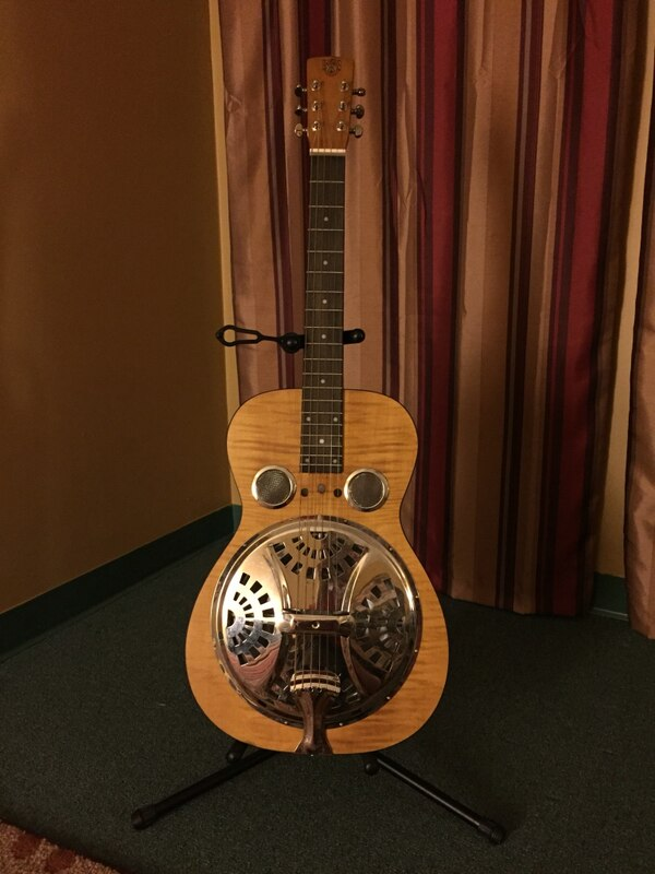 used dobro resonator guitar for sale in cincinnati letgo. Black Bedroom Furniture Sets. Home Design Ideas