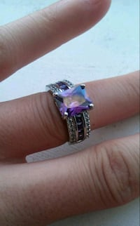 925 sterling silver amethyst & white topaz ring