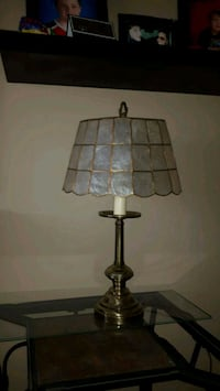 Beautiful antique lamp 50 obo Calgary, T2K 4G2