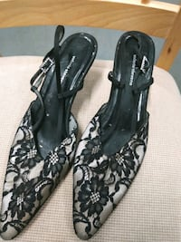 Women's size 7.5 slide on pointy toe sandals lace floral black Hyattsville, 20784