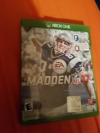 Madden NFL 17 Xbox one game and case Covington, 38019