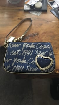 Brand new Coach wristlet East Hartford, 06108