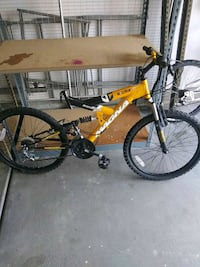 Magna exitor bike 21speed no seat  Victorville, 92394