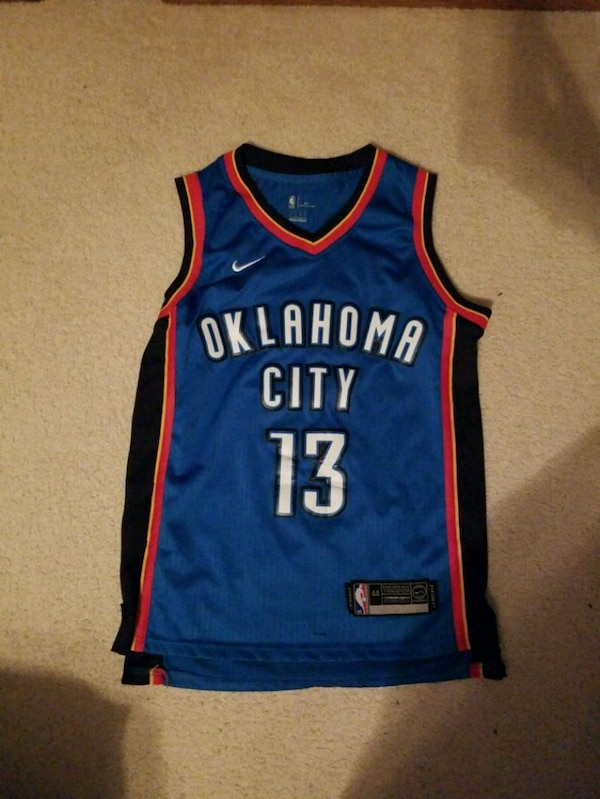 8d525f98aa6 Used blue and red Golden State Warriors Stephen Curry jersey for sale in  Elburn - letgo