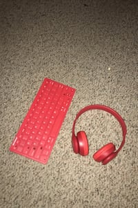 Bluetooth Keyboard and Bluetooth Budweiser Headphones