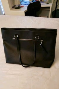 Large INC bag in great condition! Buffalo Grove, 60089