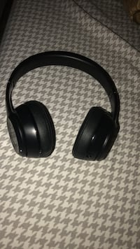 black wireless full-size headphones Silver Spring, 20906