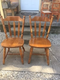 Chairs - 2 - solid - wooden Dallas, 75209