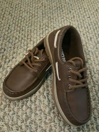 Kids boat shoes. Rockville, 20855