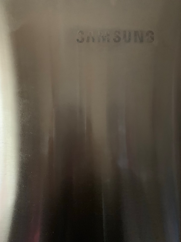 Samsung 22.6 cu ft 4 door French door Refrigerator with recessed handle in Stainless Steel 828c64ae-96cb-41ed-a77b-da343e662150