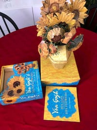 Paper sunflower decorative vase Van Gogh