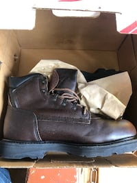 New in box size 10 men's ted wing boots  Saint Helens, 97051