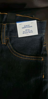 Brand new size 6/7 jeans for boys