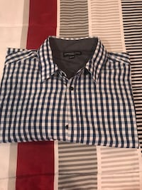 London fog button up short sleeve shirt good condition Size 3 XL Quincy, 02169