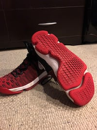 pair of black-and-red Nike running shoes Columbus, 43119
