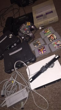 Video game consoles lot 200 obo Toronto, M1M 2S6