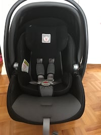 Baby's black and gray car seat carrier Toronto, M9A 4J5