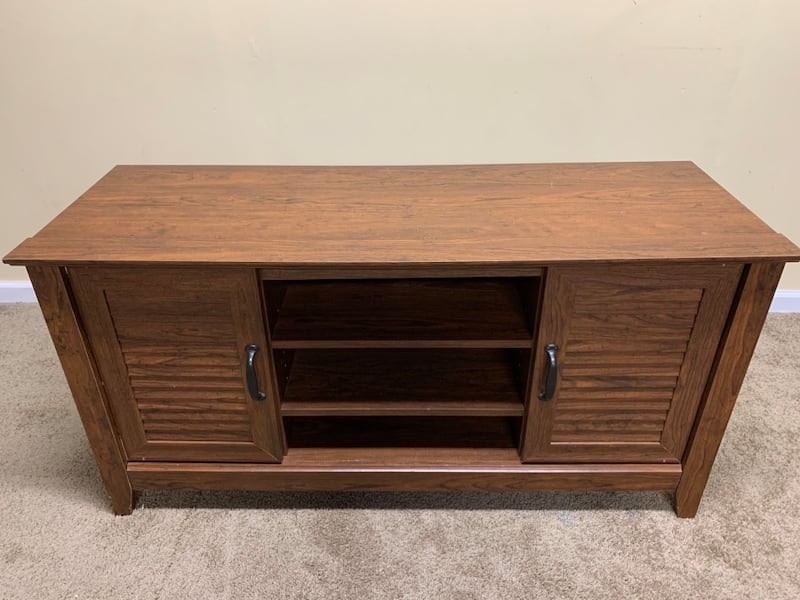 Cabinet Table 0
