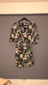Highline Collective floral print dress size small