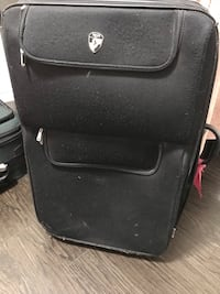 Suitcase for sale Brampton, L6P 3G9