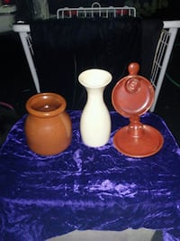 Never used,handcrafted stoneware.  Santa Rosa, 95407