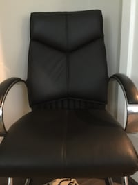 2 Black leather padded office waiting room chair elegant comfortable Falls Church, 22043