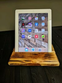 Tablet or phone holding dock