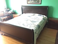 King bed frame and 2 table Montréal, H8P 1Y7