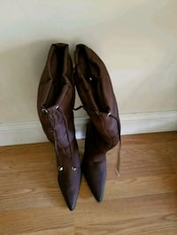 pair of brown leather pointed-toe heeled shoes Boston, 02124